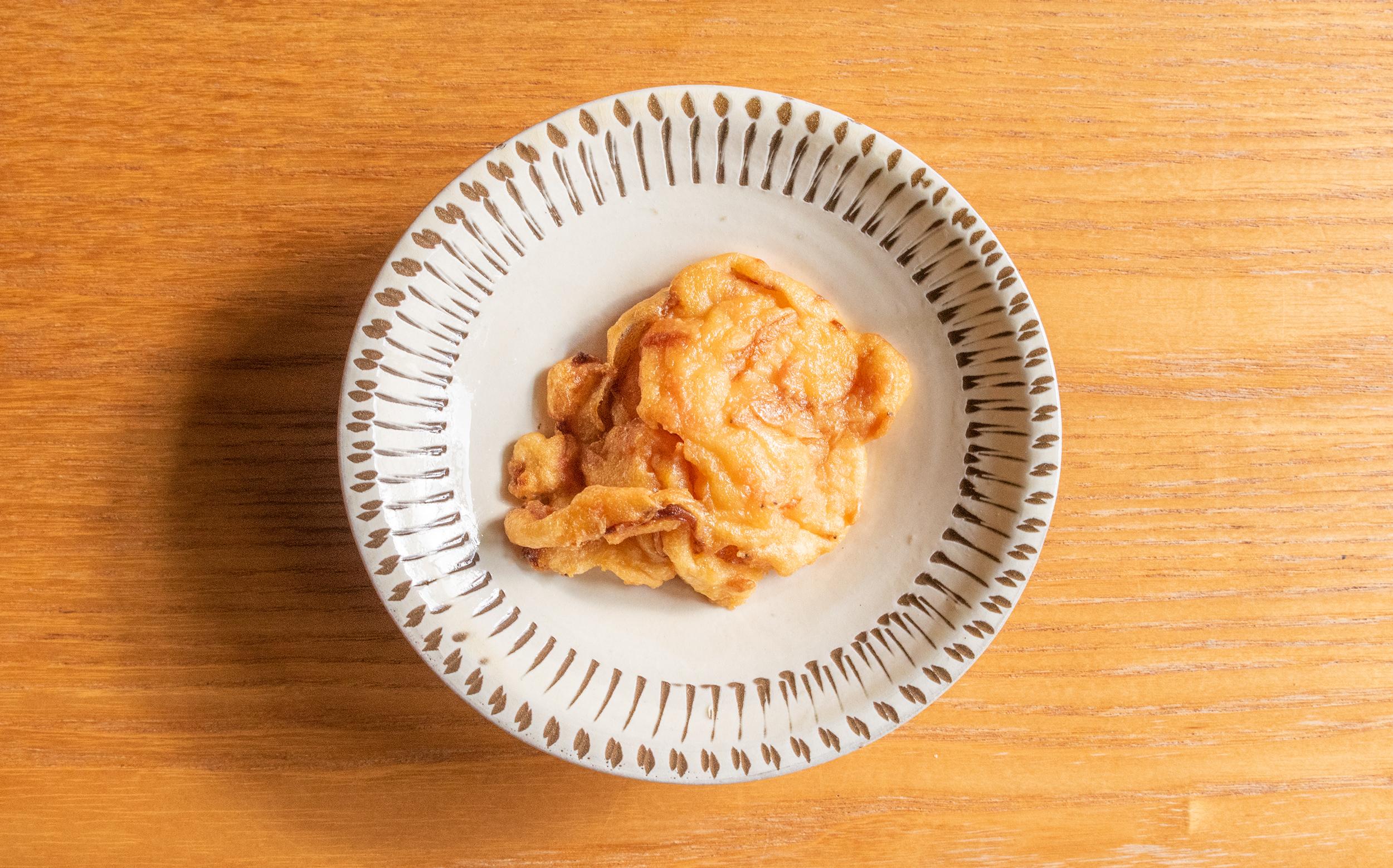 増田屋(葛飾区立石)のおでん種:玉ねぎ干しエビ